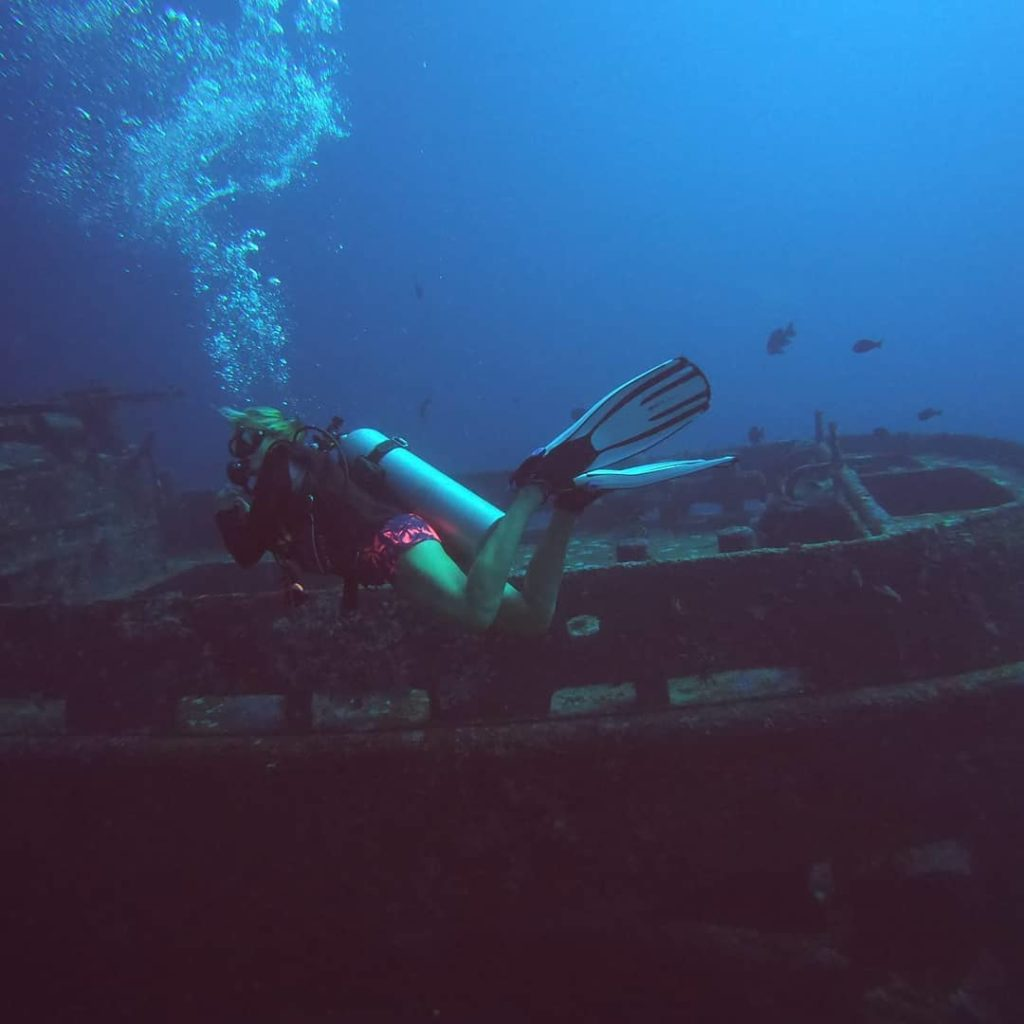 wreck diving in Gili Air - Indonesia