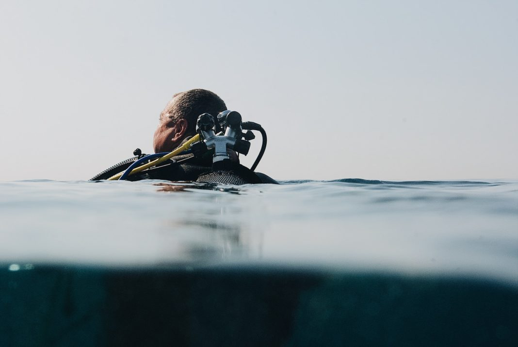 scuba diving after perforated eardrum