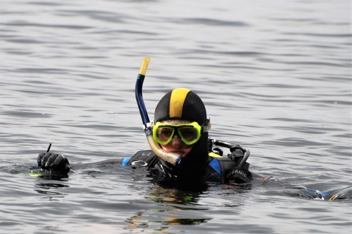 What Should Divers do for Their Own Safety
