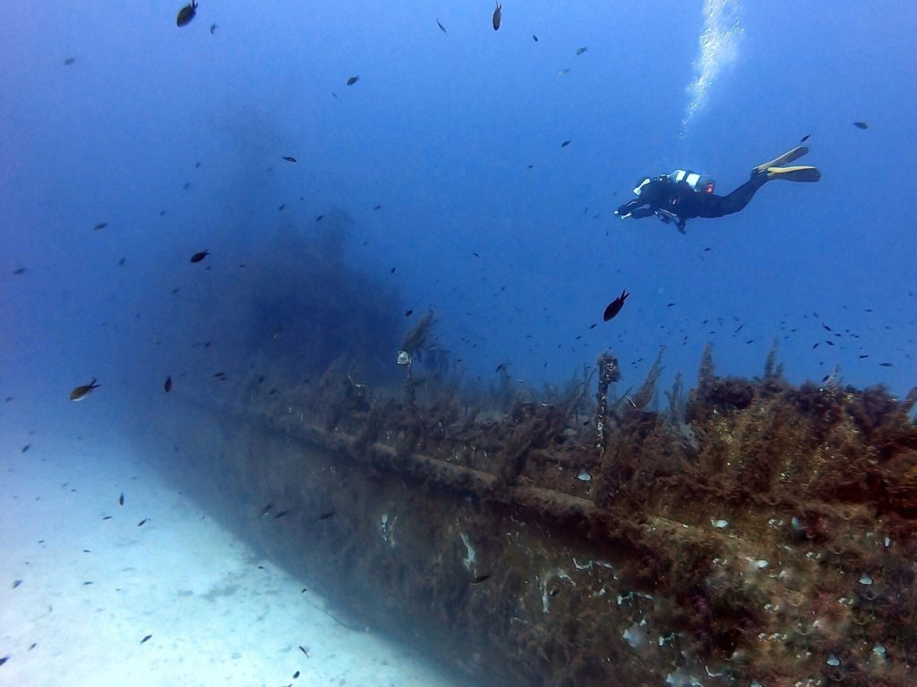 Diving the P29 wreck in Cirkewwa